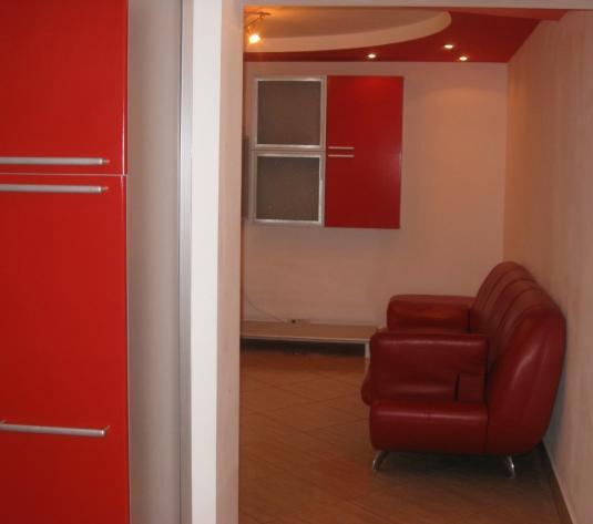 Vand apartament in Arad cu 4 camere zona Micalaca 500 - imagine 1