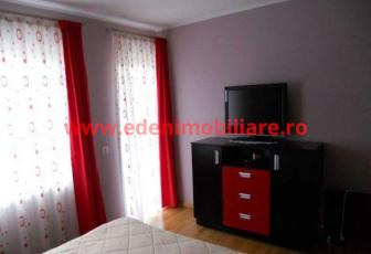 Apartament 3 camere de vanzare in Cluj, zona Manastur, 93600 eur