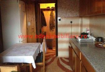 Apartament 3 camere de vanzare in Cluj, zona Grigorescu, 71000 eur
