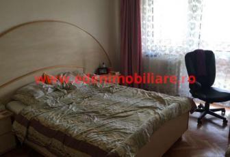 Apartament 4 camere de vanzare in Cluj, zona Manastur, 115000 eur