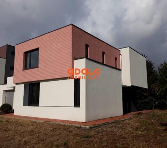 Vila  Obcini - imagine 1