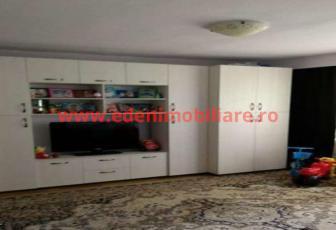 Apartament 3 camere de vanzare in Cluj, zona Plopilor, 104000 eur