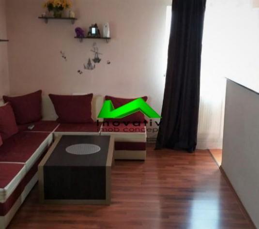Apartament la mansarda complet mobilat Strand - imagine 1