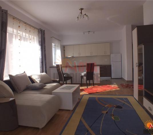 Central  apartament mobilat si utilat - imagine 1