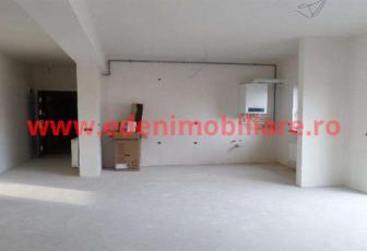 Apartament 3 camere de vanzare in Cluj, zona Gheorgheni, 92000 eur