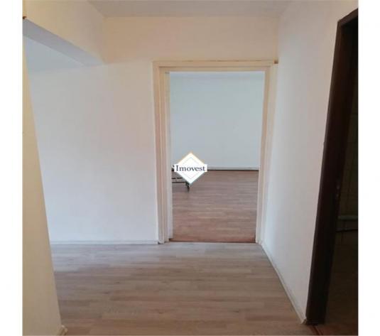 Apartament 3 camere, 2 balcoane, Micro 16, acoperis - imagine 1