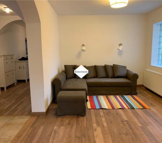 Apartament la casa Zona Centrala spre inchiriere - imagine 1