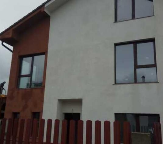 Duplex nou, 253 mp, terasa 15 mp, zona Borhanci - imagine 1
