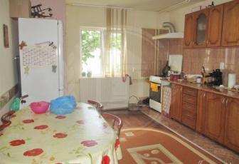 Vanzare apartament, 2 camere, decomandat, zona Intre Lacuri, Cluj-Napoca