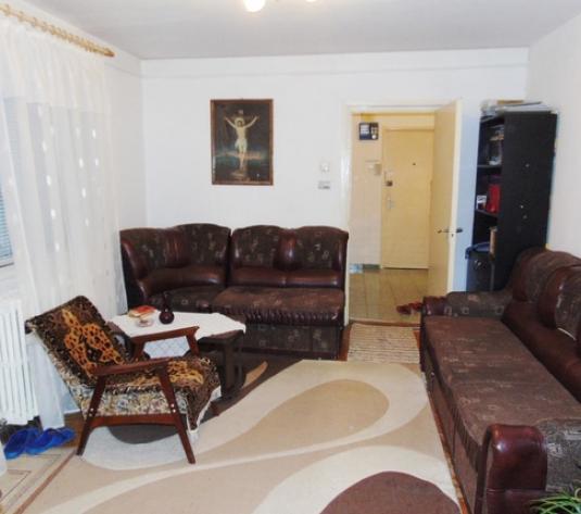 Apartament de vanzare 2 camere, 52 mp, zona Complexului Diana - imagine 1