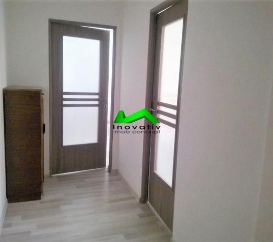 Apartament 2 camere, decomandat,balcon,strada Rahovei - imagine 1