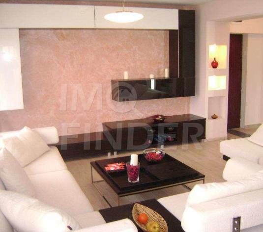 Vanzare apartament de lux, 3 camere, Zona Buna Ziua, garaj