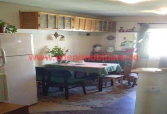 Apartament 3 camere de vanzare in Cluj, zona Zorilor, 90000 eur