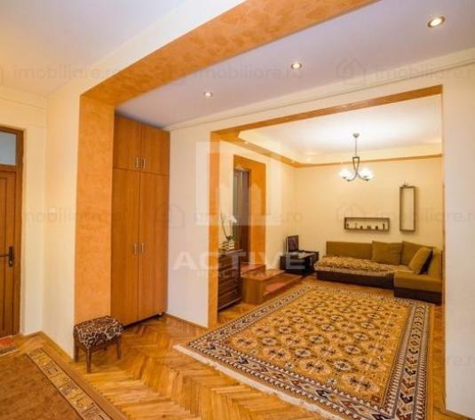Casa Andrei Muresanu - imagine 1