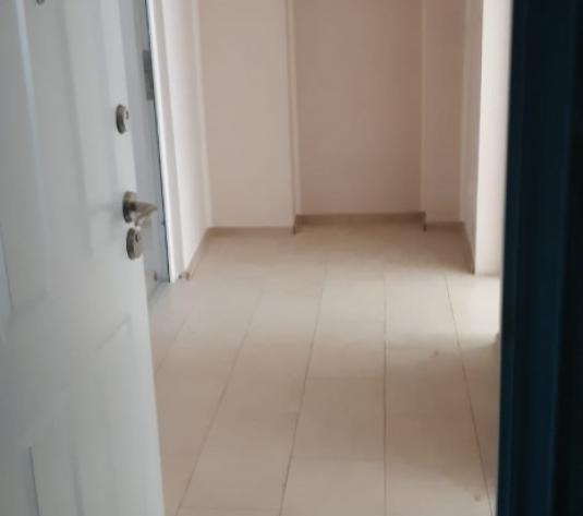 Apartament 2 camere parter central - imagine 1