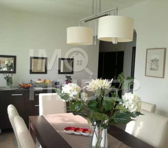 Vanzare apartament 4 camere in vila, 150 mp utili, 348 mp teren
