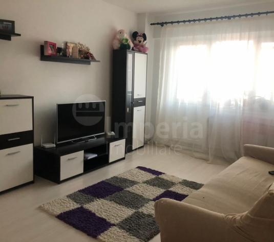 Inchiriez apartament cu 2 camere, zona Alexandru cel Bun-Piata Voievozilor Comision 0% - imagine 1