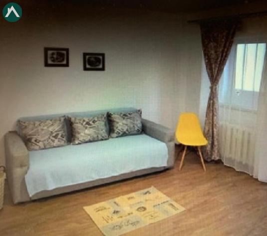 CUG Rond Vechi apartament 1 camera decomandat 45 mp - imagine 1