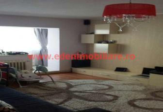 Apartament 3 camere de vanzare in Cluj, zona Plopilor, 90000 eur