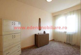 Apartament 4 camere de vanzare in Cluj, zona Manastur, 63000 eur