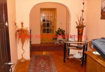 Apartament 4 camere de vanzare in Cluj, zona Marasti, 100000 eur