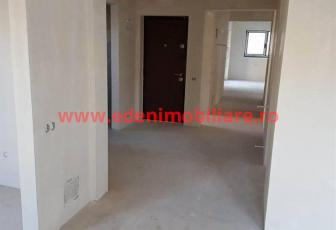 Apartament 5 camere de vanzare in Cluj, zona Manastur, 104000 eur