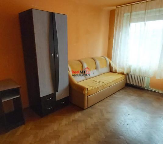 Apartament 2 camere, 54 mp, zona Cetate - imagine 1