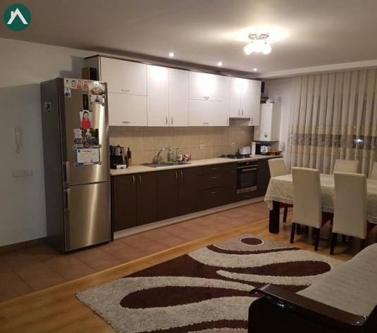 Vând apartament 3 camere Florești  - imagine 1