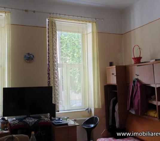 Apartament 2 camere (1 dormitor, bucatarie + living) Zona Centrala - imagine 1