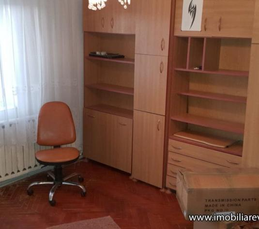 Apartament 2 camere Zona Micro 17 - imagine 1