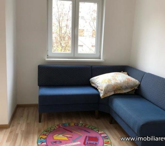 Apartament 3 camere Zona Micro 15 - imagine 1