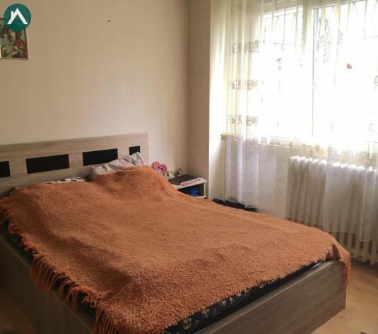 De vanzare - apartament 4 camere Iancului, 7 minute metrou - imagine 1