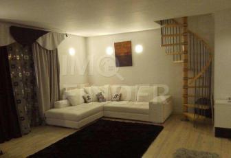 Apartament cu 4 camere cu scara interioara, zona Campului, Manastur, 157 mp