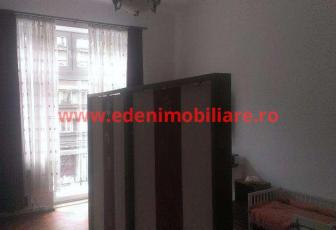 Apartament 3 camere de vanzare in Cluj, zona Centru, 150000 eur