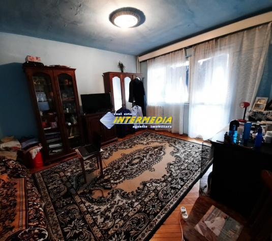 Apartament 2 camere de vanzare in Alba Iulia zona Cetate-Parc - imagine 1