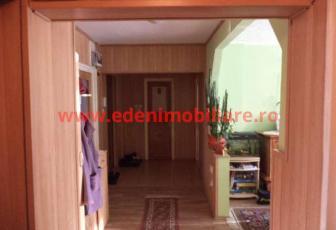 Apartament 4 camere de vanzare in Cluj, zona Manastur, 85000 eur