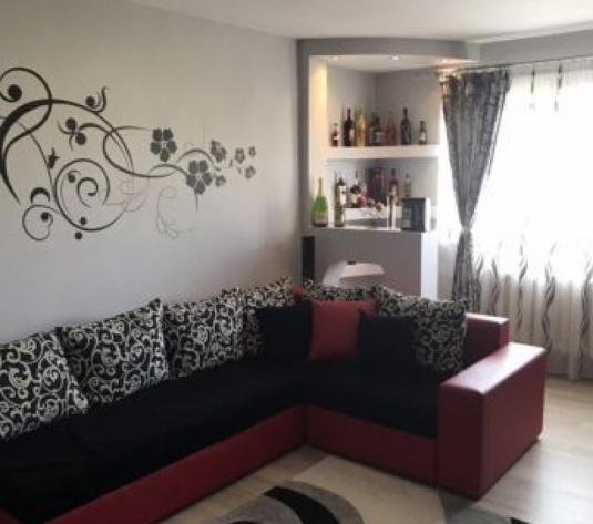 De vanzare apartament 3 camere Ampoi3 - imagine 1