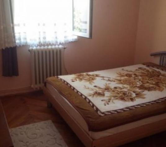 De vanzare apartament 2 camere Cetate Vasile Goldis - imagine 1