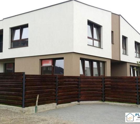 Duplex modern cu teren generos la doi pasi de Calea Turzii