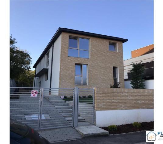 Casa noua open space 160 mp, 400 teren pentru birouri, FINISATA