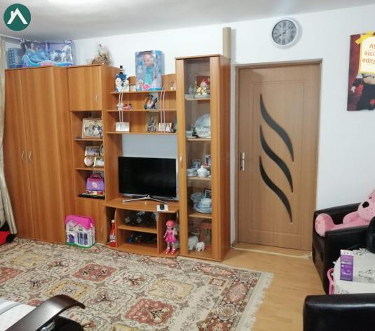 Direct proprietar Vand apartament cetate  - imagine 1