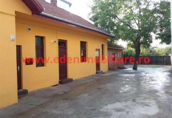 Casa/vila de inchiriat in Cluj, zona Marasti, 1200 eur