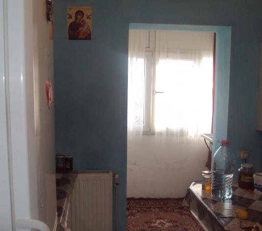 Apartament 3 camere, Tudor Vladimirescu - imagine 1