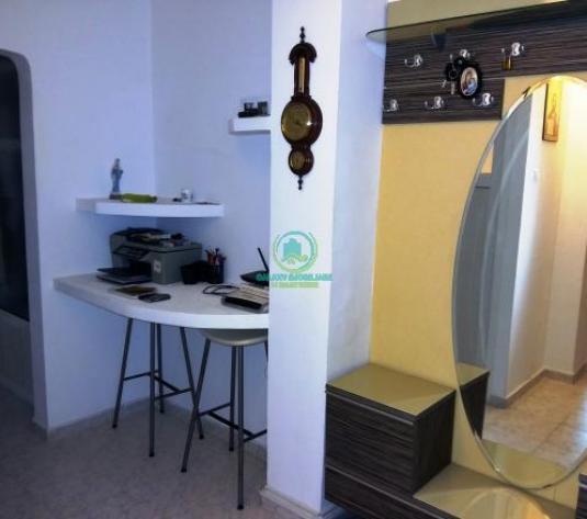 Vanzare apartament 3 camere in Pitesti Exercitiu mobilat si utilat complet - imagine 1