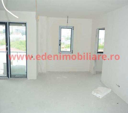 Apartament 3 camere de vanzare in Cluj, zona Buna-Ziua, 94290 eur