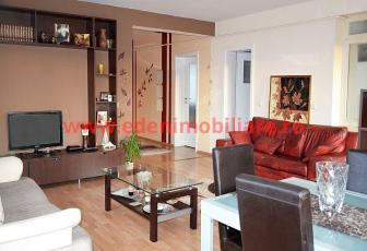 Apartament 3 camere de inchiriat in Cluj, zona Andrei Muresanu, 600 eur