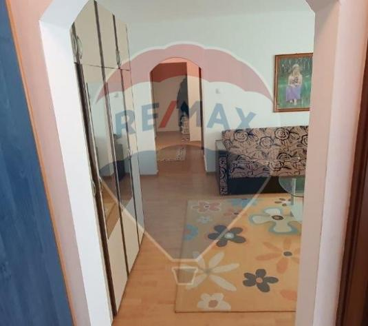Apartament 2 camere str Bradului - imagine 1
