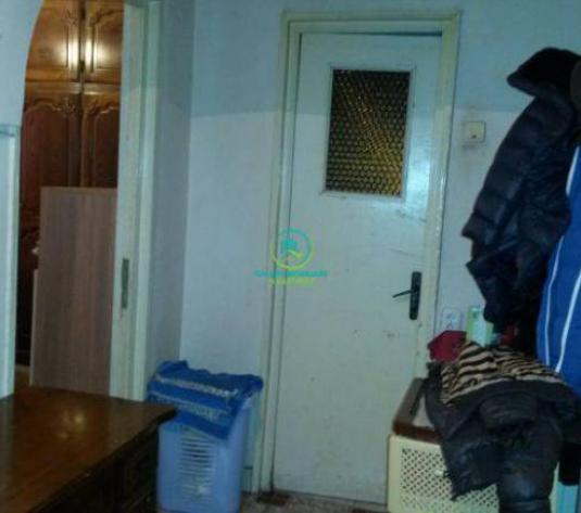 Vanzare Apartament 2 camere decomandat, Prundu - imagine 1