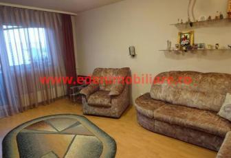 Apartament 4 camere de vanzare in Cluj, zona Marasti, 78000 eur