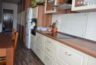 Apartament de vanzare, 3 camere, 67 mp, zona strazii Florilor, Floresti